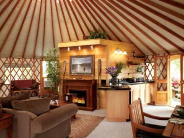yurt-interior-with-fireplace